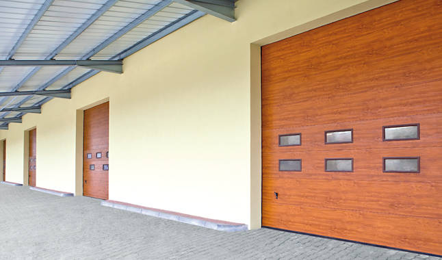 Sezionale industriale vetrato 2